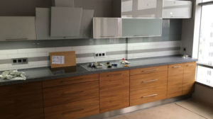 Кухня с двойными фасадами