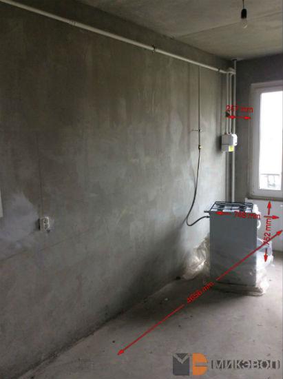 Газовые трубы на кухне в квартире ЖК Сампо