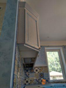 вид на верхние фасады кухни