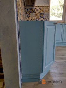 Нижние шкафы кухни