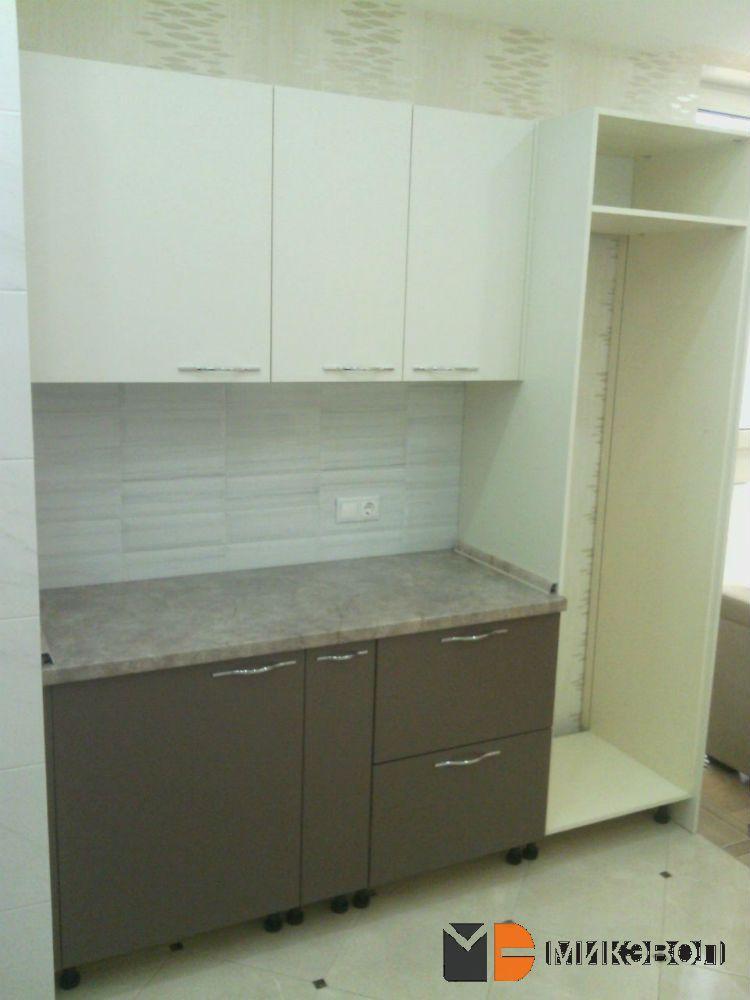 Монтаж кухни от Микэвол и шкафа под холодильник