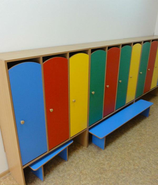Шкафчики в детский садик фото